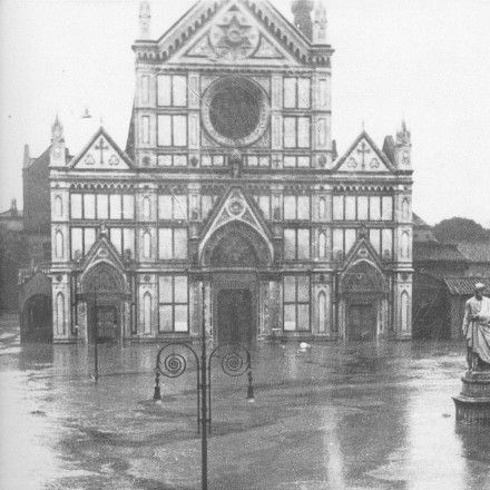 Piazza Santa Croce during the flood of 1966