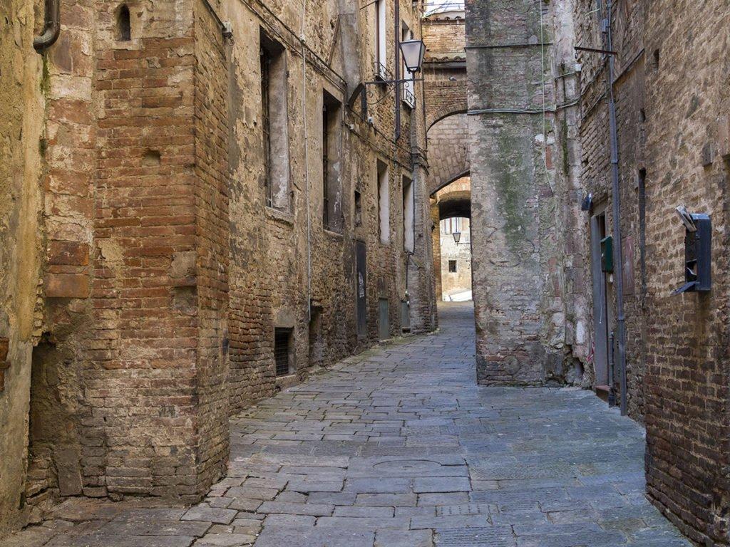 streets in Siena